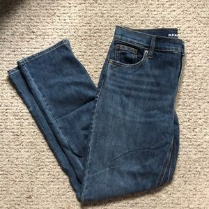 Old Navy Straight Mid-Rise Jeans